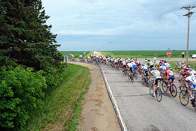 The peloton heads through a corner