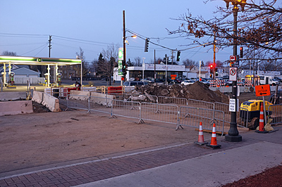 Pedestrian crossing of University at Hamline, March 2012