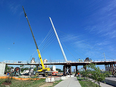 Crane and bridge support on Hiawatha bridge