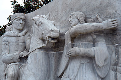 Sacagawea slaps the damn horse