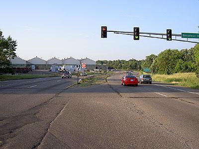 Highway 280 left turn lane