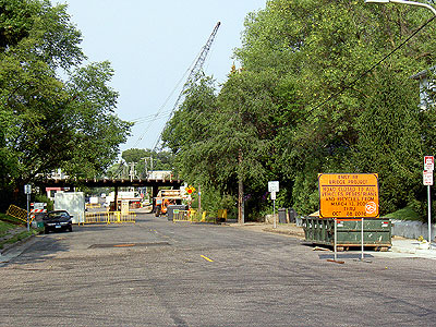 The Como Avenue rail bridge by Mannings Caf 12 August