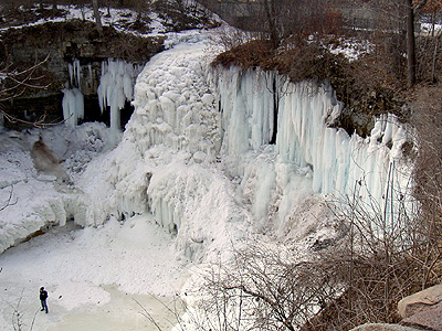 Minnehaha Falls frozen  February 2006