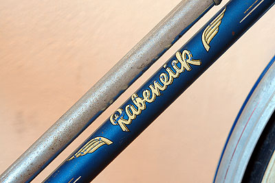 Downtube decal on Men's Rabeneick