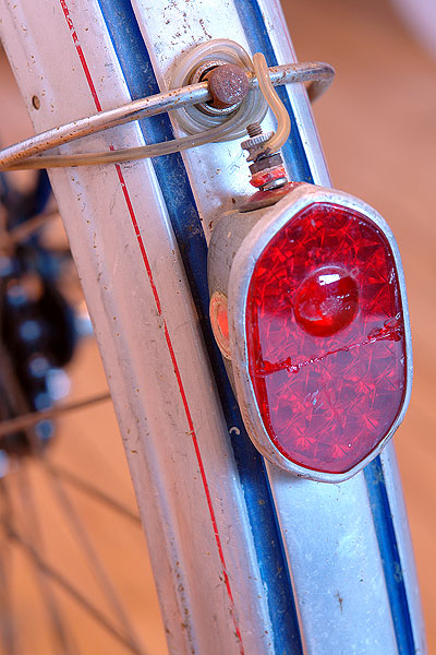Rear fender light on Ladies' Rabeneick