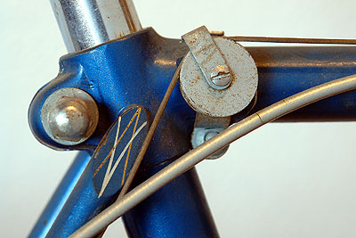 Pulley for shift cable on men's Rabeneick