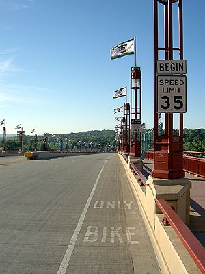 Wabasha Bridge Bike Lane