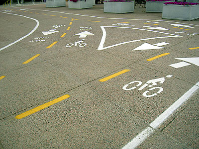 Washington Bridge bike lanes East Bank