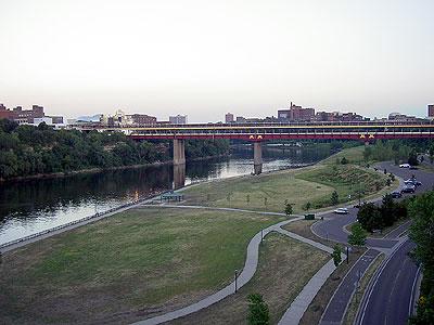 Washington Avenue Bridge from the North